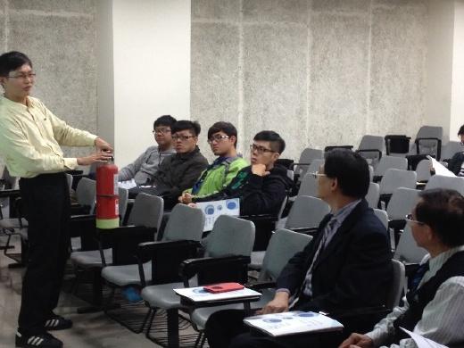 台南市消防局陳明辰專員蒞臨本校演講