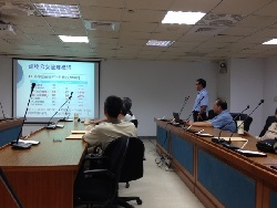 The visit to Tainan Municipal Government Works Bureau by our faculty.