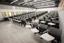 全新E化階梯教室