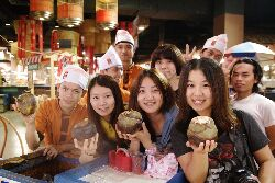 Students from the Department of Childhood Education and Nursery experiencing local life on an overseas internship