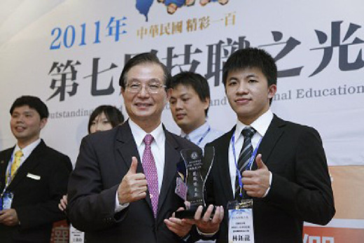 CNU student Lin Yu-Long, winner of the