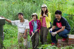 公視節目下課花路米與本系拍攝人工濕地錄影過程(2013.04.25)