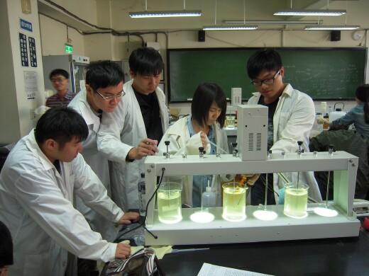 學生操作設備訓練實作能力(2014.11.19)