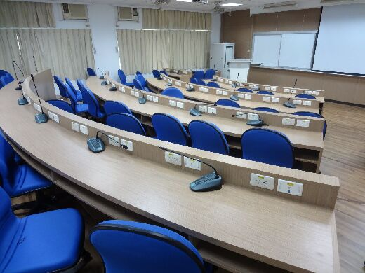 Case study discussion classroom